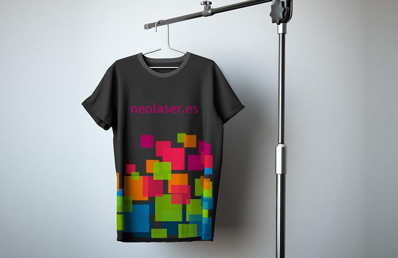 Uniformes y camisetas de marca
